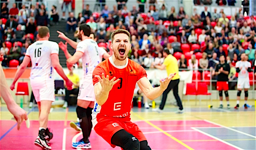 Karlovarsko je poprvé v historii volejbalovým mistrem! Ve finále zdolalo Kladno