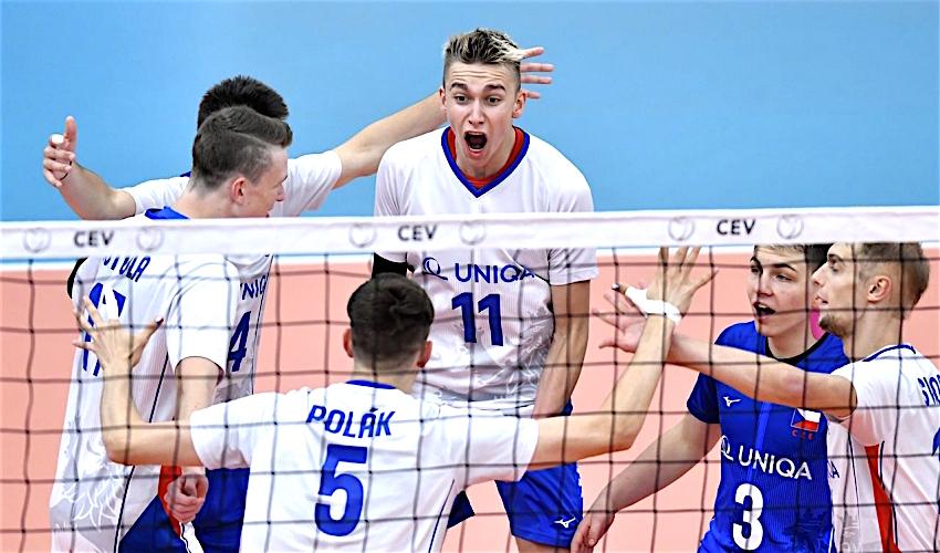 Čeští volejbalisté si odváží z mistrovství Evropy U20 stříbrné medaile