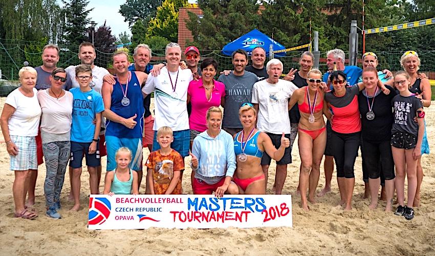 Beachvolejbalová sezóna kategorie Masters je v plném proudu