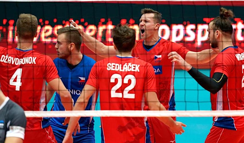 FOTO: Čeští volejbalisté slaví vítězství! Porazili Estonsko 3:0