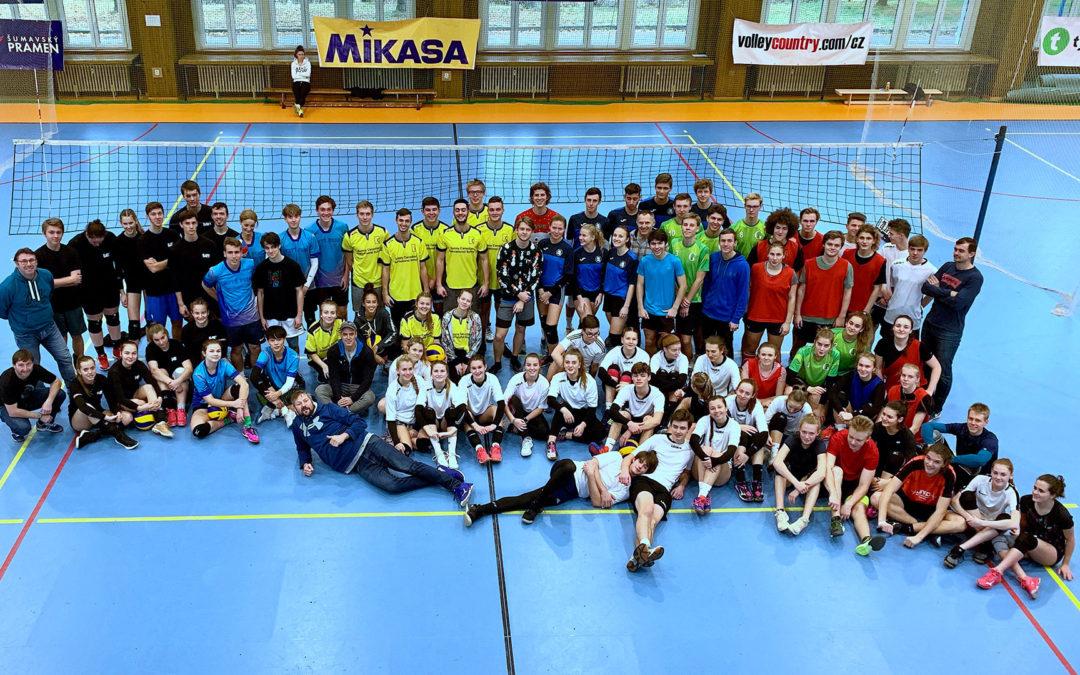 Poprvé v historii! SUPERFINÁLE školního volejbalu v Jindřichově Hradci