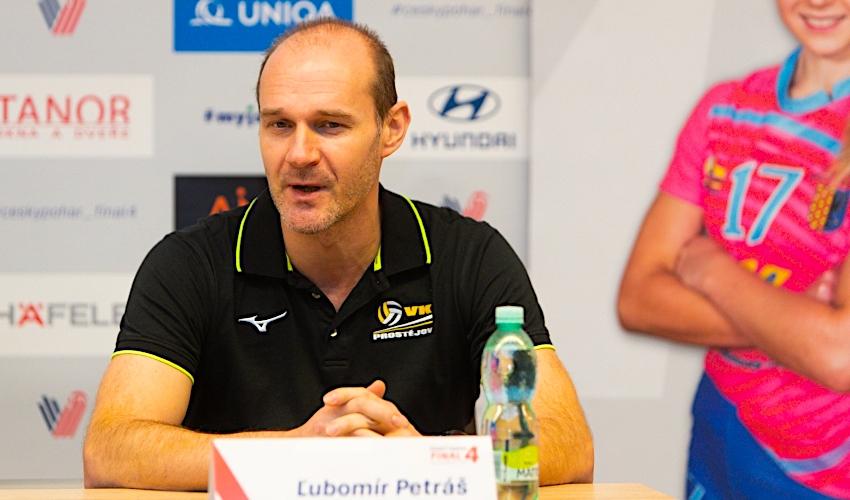 Final Four byla taková facka, řekl trenér volejbalistek Petráš