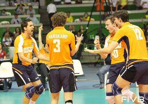 netherland beat brazil
