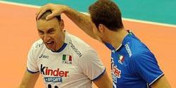 Video: Italian national team singing AC/DC