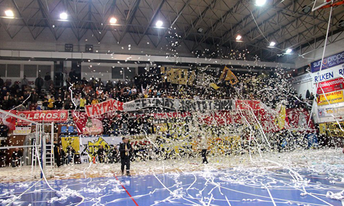 Volleyball photos: Great atmosphere in Athens