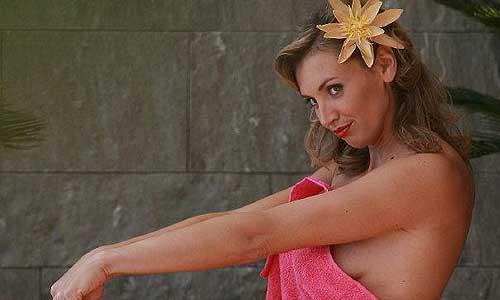 Victoria Ravva stays in Cannes