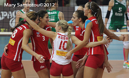 Greek women's League: Olympiacos and AEK on top