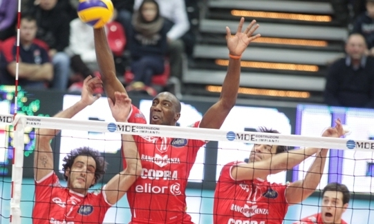 Challenge Cup: Ural and Copra closer to the final