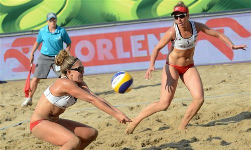 Mazury 2013: Women's top 32 in play-offs. Favorites coped