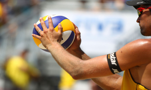 Summer vibes and home win for Dalhausser-Rosenthal