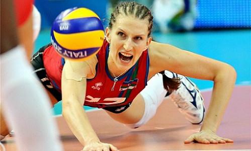 Rahimova show:How to save a match point with a head