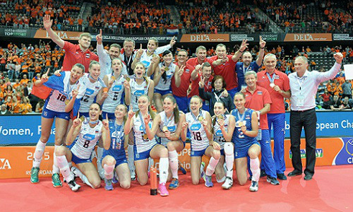 Russia claim 19th European title after win in front of 11,000 fans