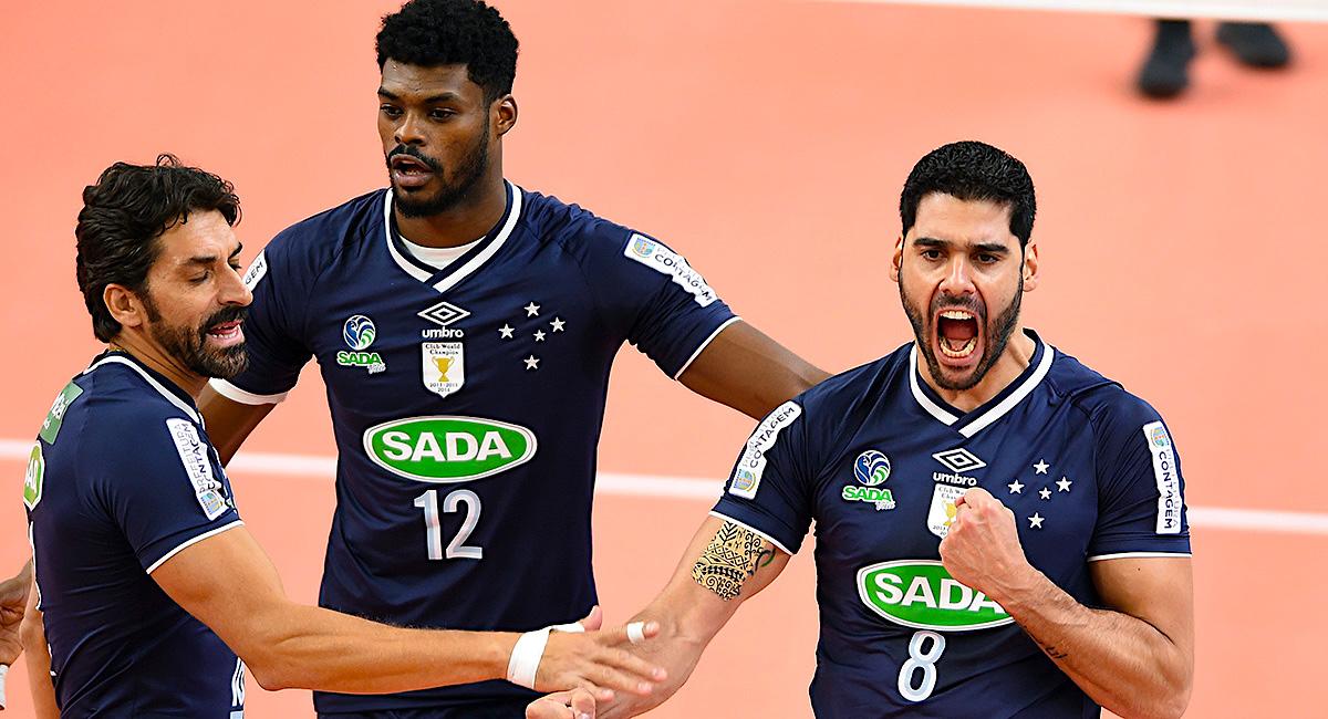 Sada Cruzeiro and Perugia with Cups