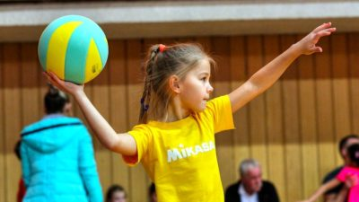 mini volleyball course